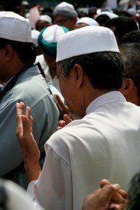 2-hindu-al-muslim-reencarnación-kazo-IISIS-evidenteco